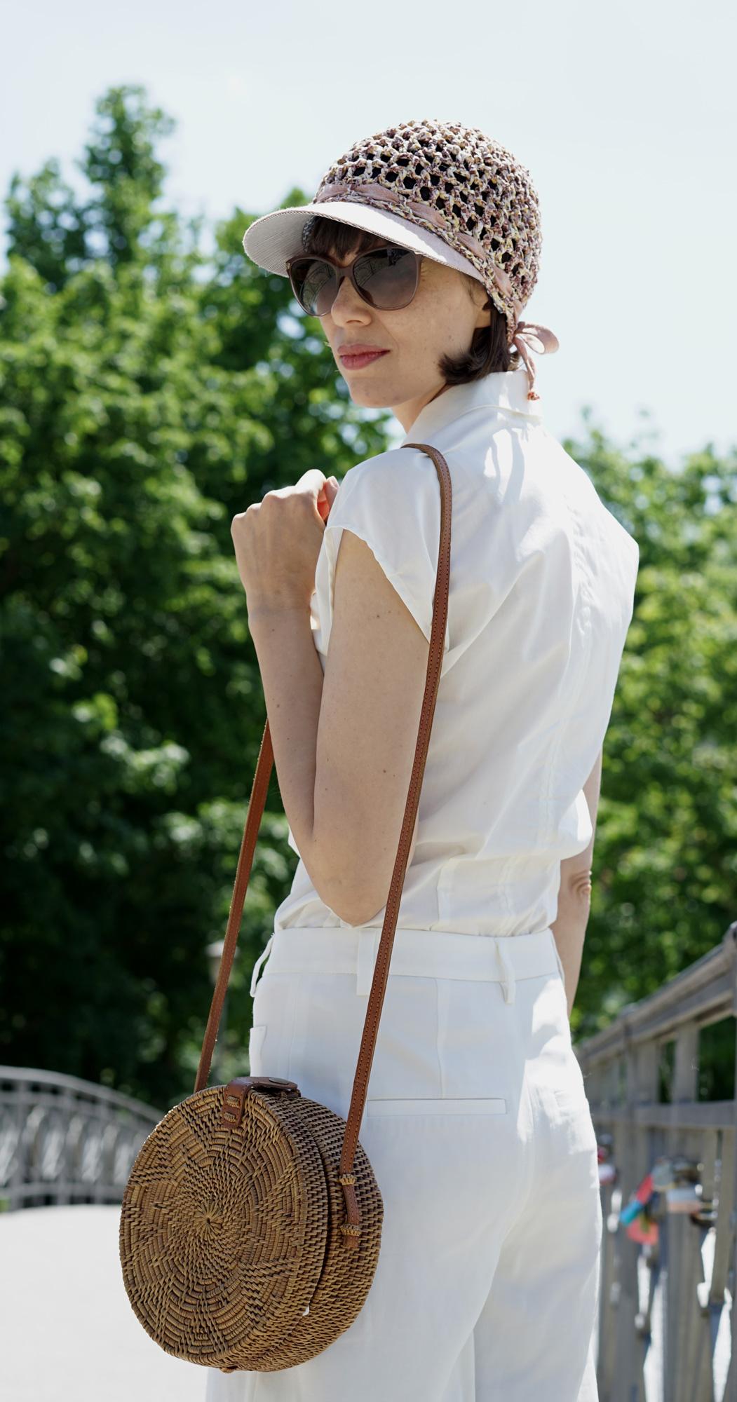 Peter. Schirmkappe aus Baumwollgarn. Kappe bietet Sonnenschutz und ist trotzdem luftig.