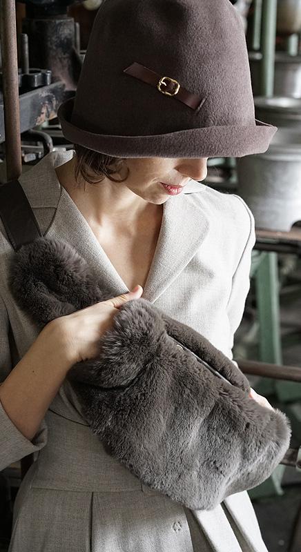 Tasche aus Kaninchenpelz. Endlich warme Hände!