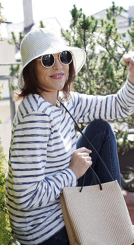 Der Hut aus der Handtasche.