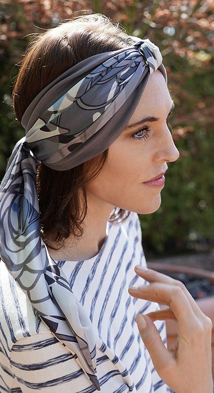 Bea. Ein lässig, elegantes Stirnband.